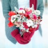 unique-and-beautiful-winter-wedding-bouquets-youll-love-30