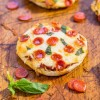mini_pizzas_recipes_02