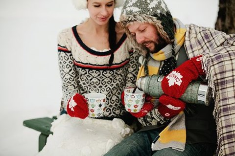 awesome-winter-wedding-gloves-and-mittens-to-die-for-43