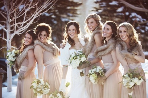 awesome-winter-wedding-gloves-and-mittens-to-die-for-6