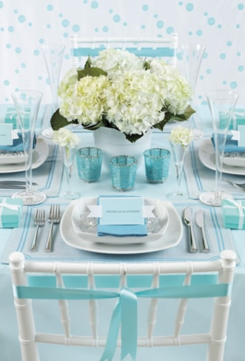 beautiful-icy-blue-winter-wedding-ideas-19