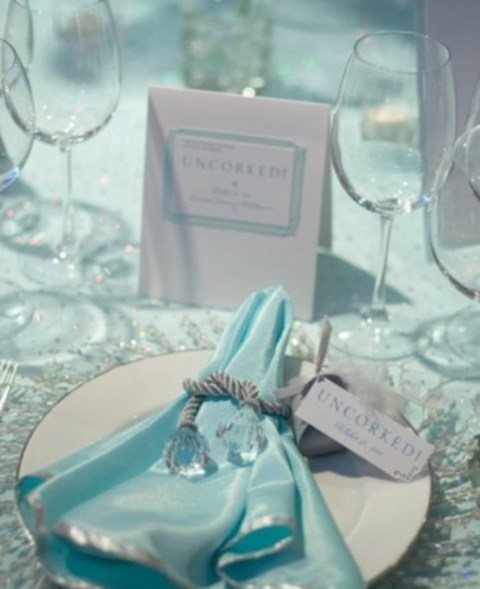 beautiful-icy-blue-winter-wedding-ideas-26