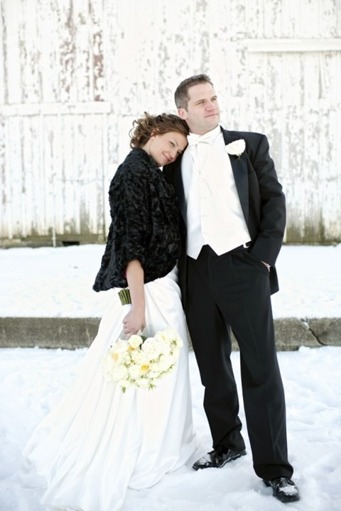 cool-winter-groom-attire-ideas-15