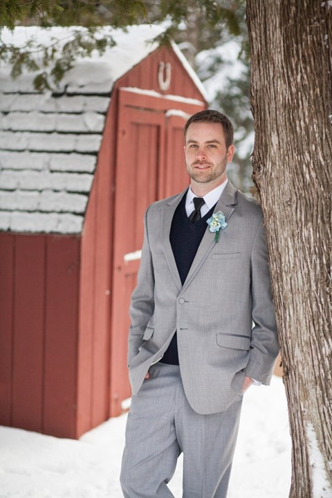 cool-winter-groom-attire-ideas-18