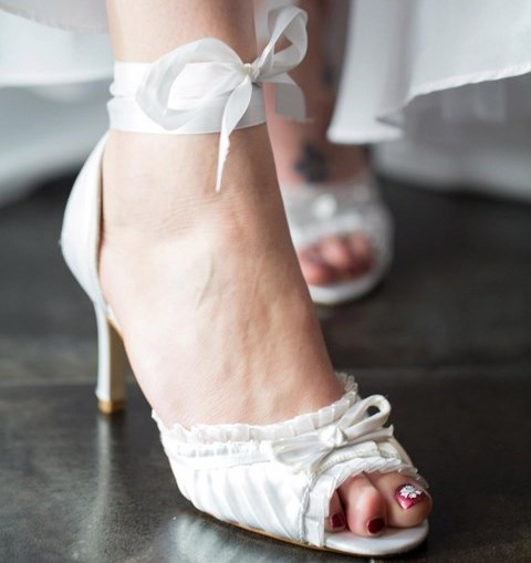 59 Cool Winter Bridal Shoes Boots And Flats To Get Inspired