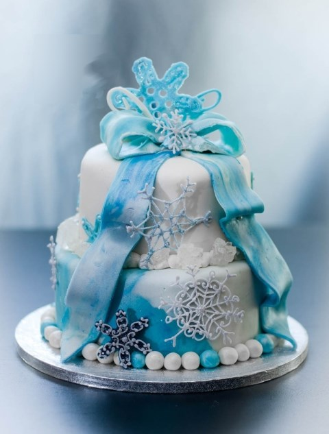 fabulous-winter-wedding-cakes-102