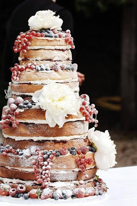 fabulous-winter-wedding-cakes-105