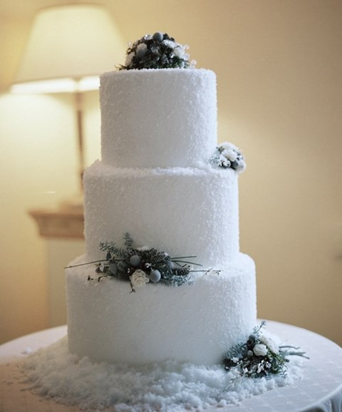fabulous-winter-wedding-cakes-107