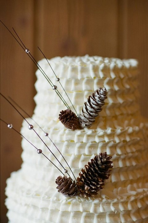 fabulous-winter-wedding-cakes-39