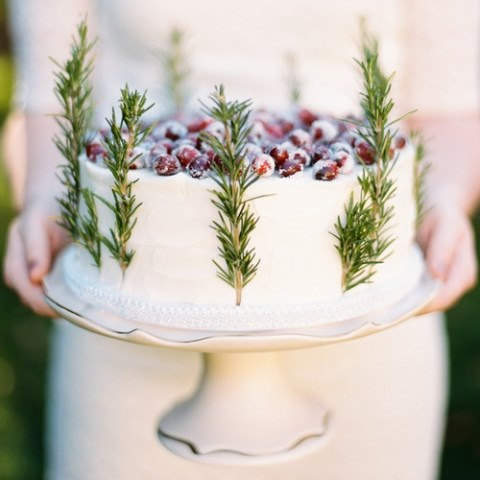 fabulous-winter-wedding-cakes-48