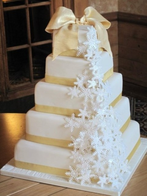 fabulous-winter-wedding-cakes-58
