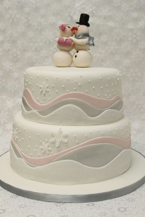 fabulous-winter-wedding-cakes-73