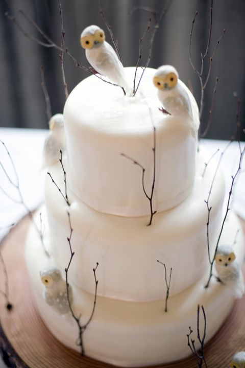 fabulous-winter-wedding-cakes-85