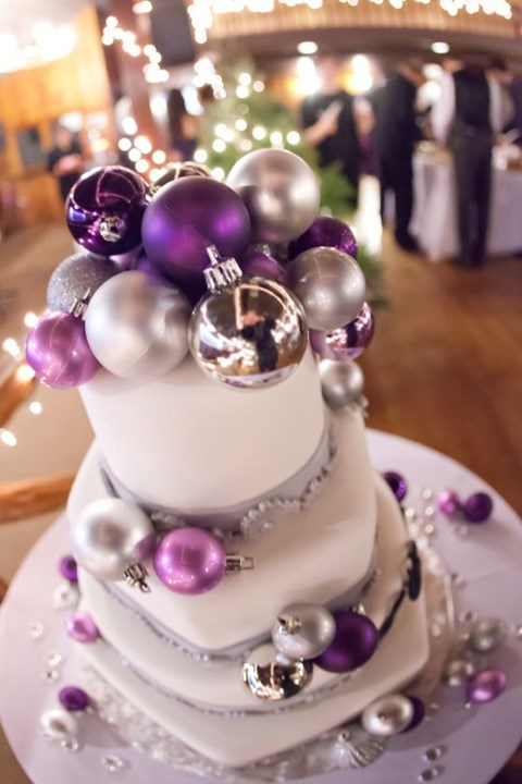 fabulous-winter-wedding-cakes-89