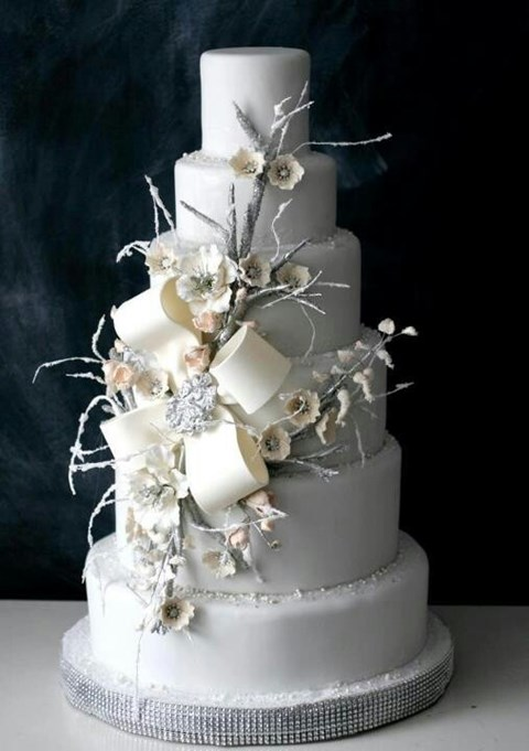 fabulous-winter-wedding-cakes-96