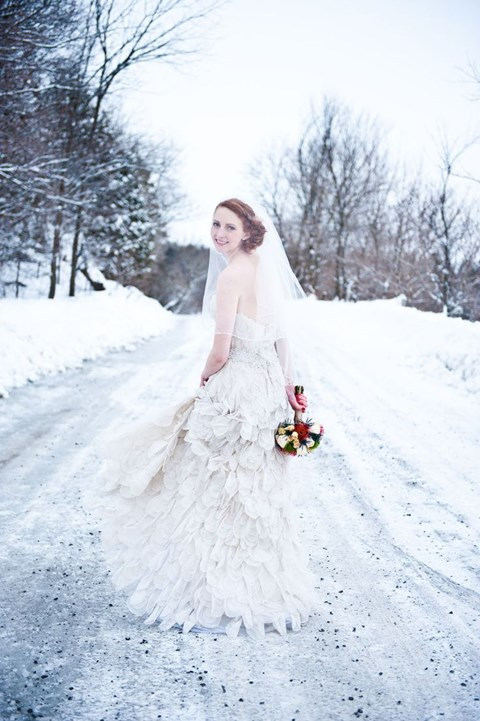 gorgeous-winter-wedding-dresses-63