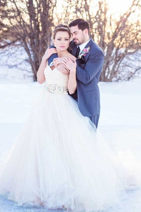 gorgeous-winter-wedding-dresses-95