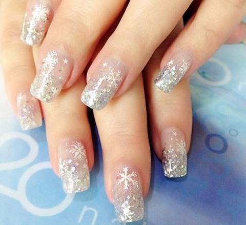 stunning-winter-wedding-nails-ideas-54
