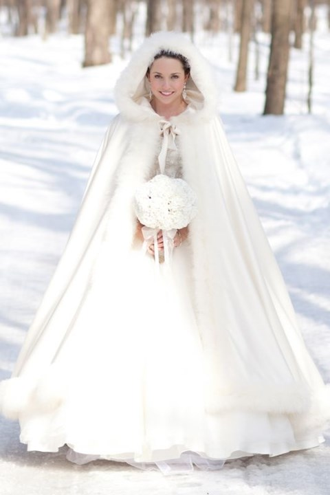 55 Stylish And Comfy Wraps And Coats For Winter Brides Happywedd