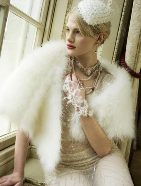stylish-and-cozy-coats-and-wraps-for-winter-brides-38