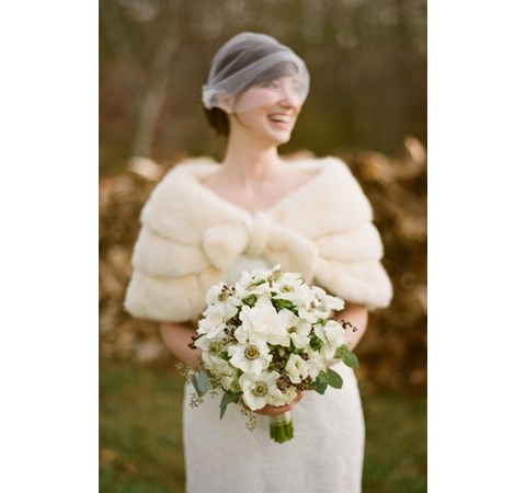 stylish-and-cozy-coats-and-wraps-for-winter-brides-43