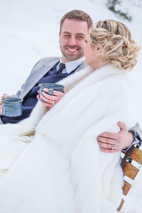 stylish-and-cozy-coats-and-wraps-for-winter-brides-47