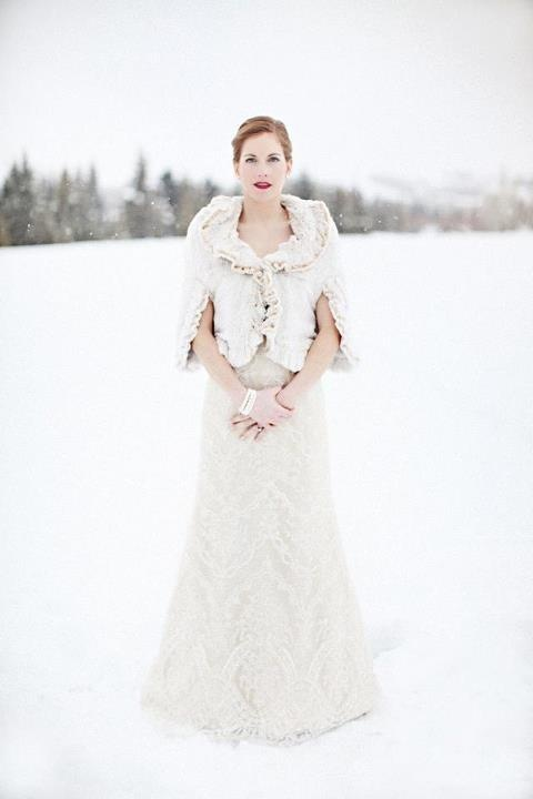 stylish-and-cozy-coats-and-wraps-for-winter-brides-51