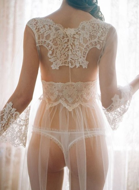 f90dd0b2211 the-hottest-bridal-lingerie-ideas-31 – HappyWedd.com