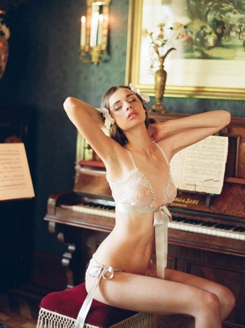 the-hottest-bridal-lingerie-ideas-39