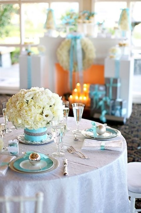 beautiful-winter-table-settings-1