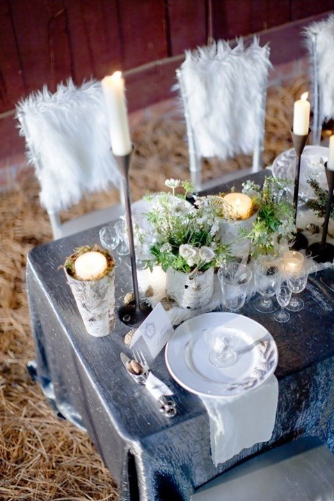 beautiful-winter-table-settings-25