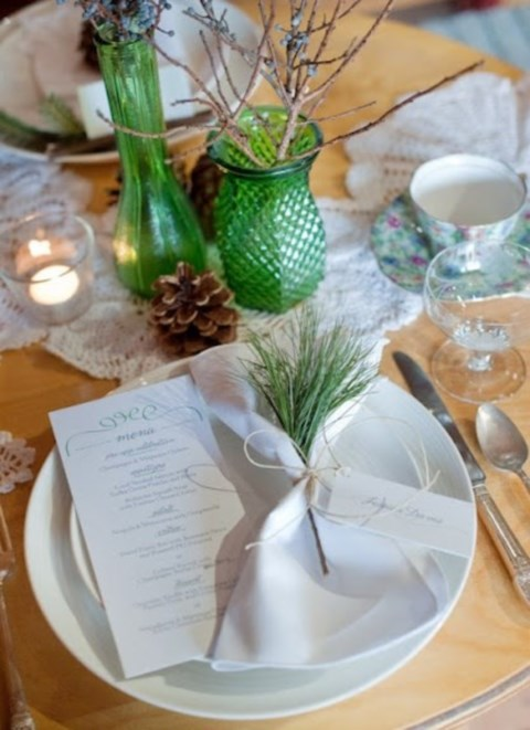 beautiful-winter-table-settings-30