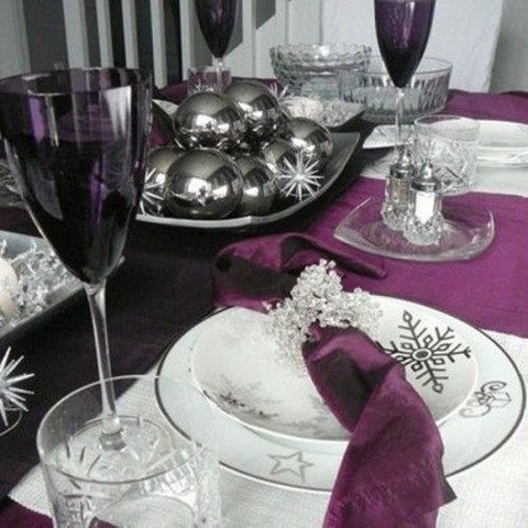 beautiful-winter-table-settings-33
