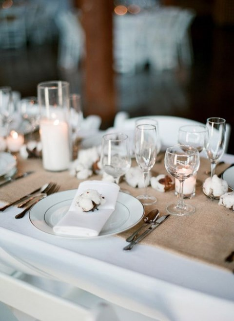 beautiful-winter-table-settings-34