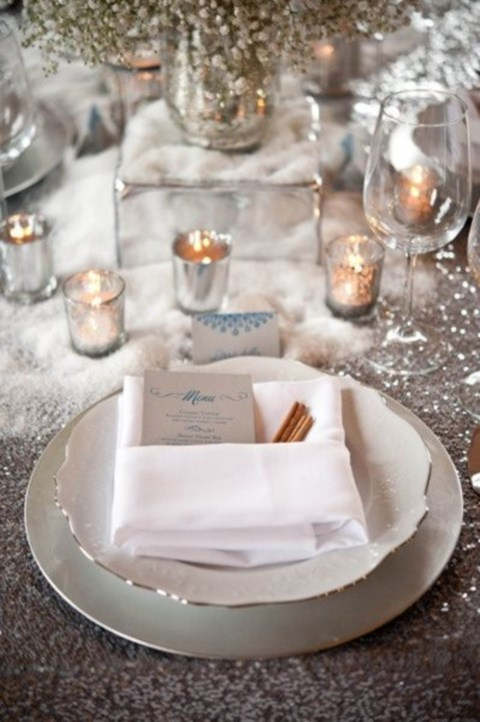 beautiful-winter-table-settings-37