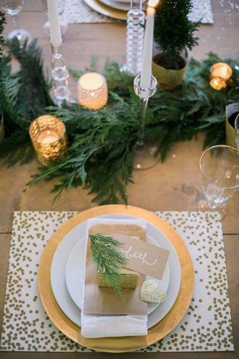 beautiful-winter-table-settings-43