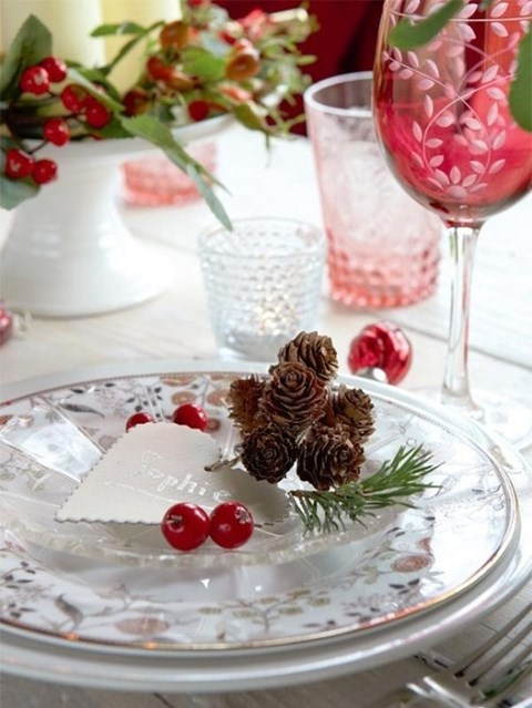 beautiful-winter-table-settings-49