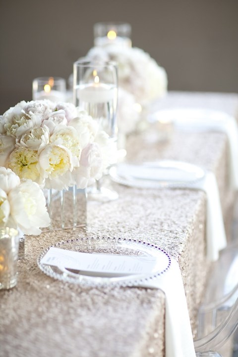 beautiful-winter-table-settings-51
