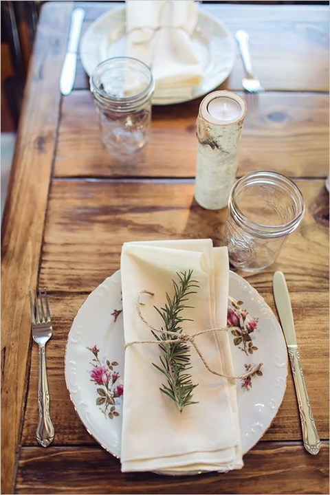 beautiful-winter-table-settings-53