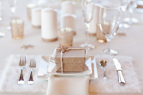 beautiful-winter-table-settings-56