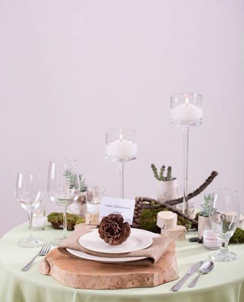 beautiful-winter-table-settings-67
