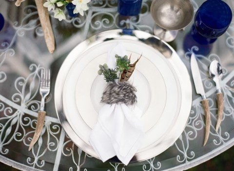 beautiful-winter-table-settings-68
