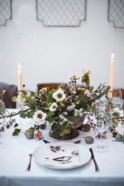 beautiful-winter-table-settings-74