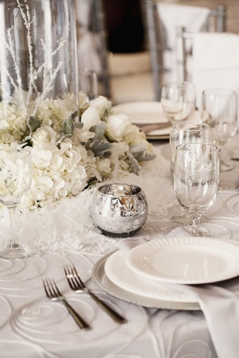 beautiful-winter-table-settings-8