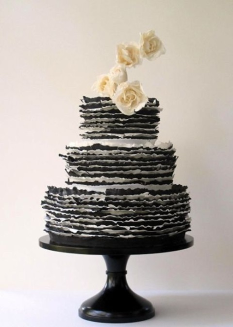 black_and_white_cake_06