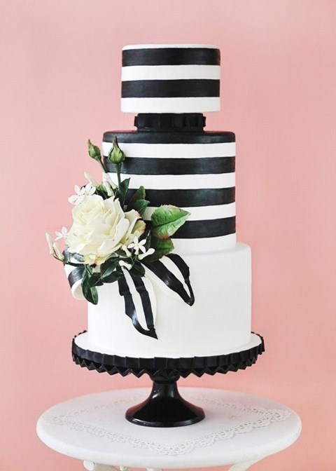 black_and_white_cake_07
