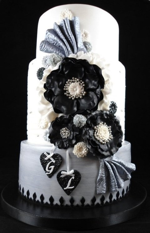 black_and_white_cake_13