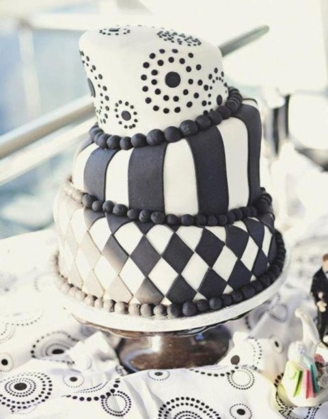 black_and_white_cake_16