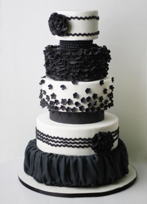 black_and_white_cake_17