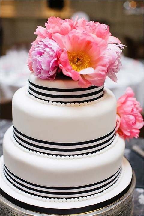 black_and_white_cake_21